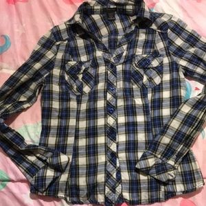 Girls medium button up v neck shirt
